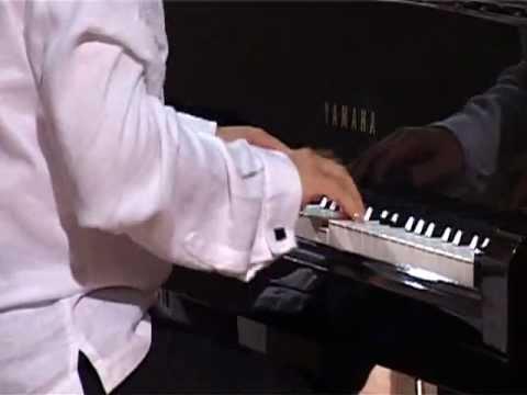 Wolfgang Amadeus Mozart - Concerto per pianoforte e orchestra n. 20 KV 466: III Rondò