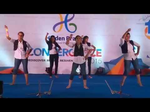 Hidden Brains Convergence 2015 – Bollywood Dance Mix
