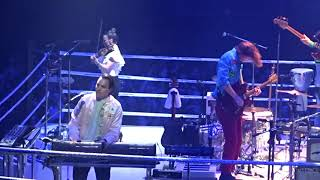 Arcade Fire - Everything Now, live at SSE Wembley Arena London, 11 April 2018