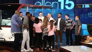 Video Ellen Surprises the Amazing Sanders Family MP3, 3GP, MP4, WEBM, AVI, FLV Juni 2019
