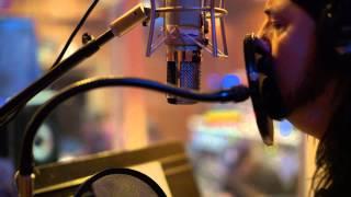 Foo Fighters - Inside the recording of Sonic Highways - Subterranean  (excerpt)