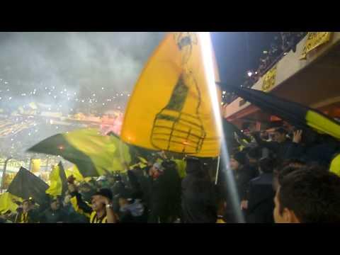 Recibimiento y Entrada de Los Bombos Peñarol Vs Palmerias Copa Libertadores 2017 - Barra Amsterdam - Peñarol - Uruguay - América del Sur