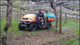 2. Kubota RTV 500 Strip spraying in kiwifruit