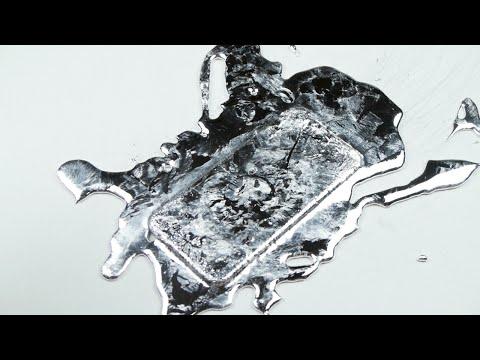 當iPhone淋上「液態鎵」 它的下場是... (影)