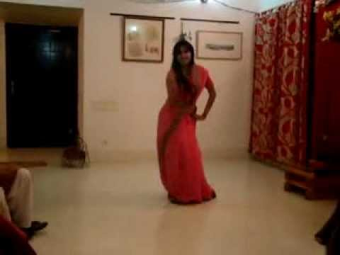 beautiful bangladeshi girls - View nice family dance. You can watch nice and home made dance from Bangladeshi lady. This is totally home made. Just enjoy it. View more videos to : http://...