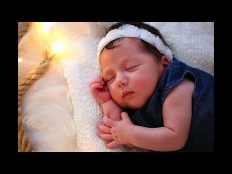 Elena Gheorghe - Dormi puiul mamii (Amelie Nicole)