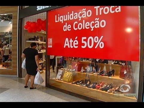 Dia da liberdade de impostos. Lojistas vendem produtos sem as taxas e preços caem até pela metade!