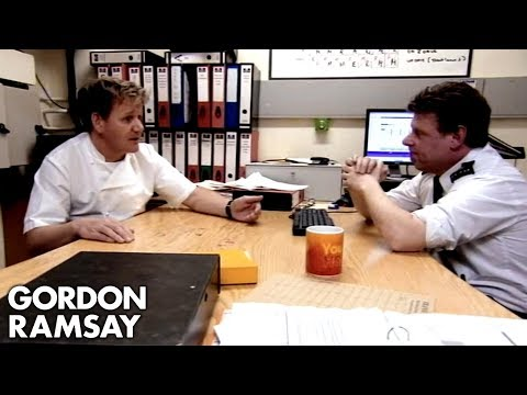 Gordon Fights To Keep One Hs Convict Bakers On His Team | Gordon Behind Bars
