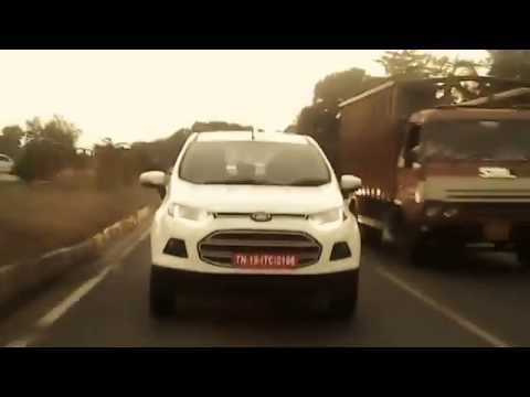 0 [VIDEO] On test Ford EcoSport crossover in India shows off its daytime running lamps