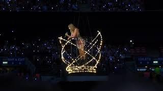 Taylor Swift - Delicate (live) - Wembley Stadium (Reputation Stadium tour)