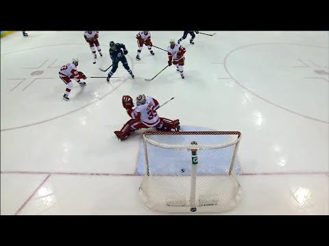 Video: Laine dekes around a few Red Wings, goes top corner