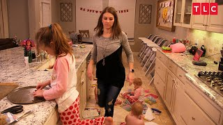 OutDaughtered  Tuesdays at 9/8c Danielle tries to prepare for a romantic Valentine's Day dinner as the kids create chaos.