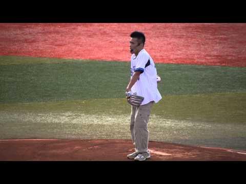 【動画あり】柳沢慎吾さんの始球式楽しそう
