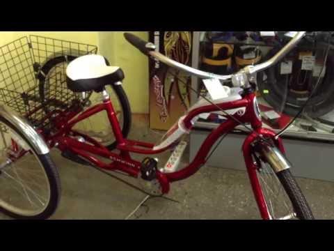 Трехколесный грузовой велосипед круизер Schwinn Town and Country 2013