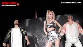 Video Aleyna Tilki Sahne de Uçtu (Britney Spears - Work Work) MP3, 3GP, MP4, WEBM, AVI, FLV Juni 2018