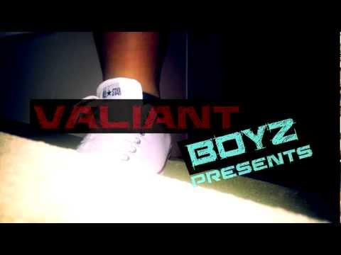 The Motto (Remix) Valiant Boys
