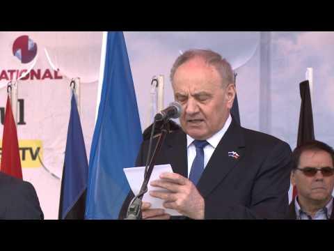 Президент Николае Тимофти принял участие в церемонии открытия Сорокской крепости и Европейского городка в городе Сорока