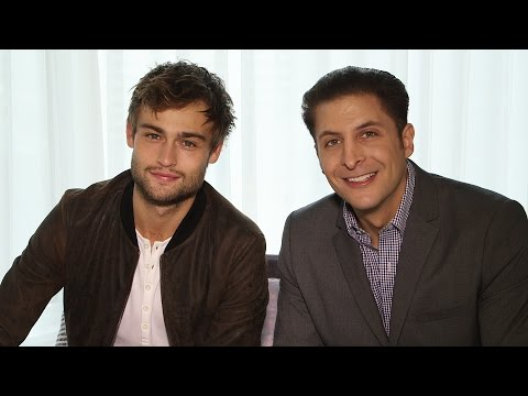 """Douglas Booth on """"The Limehouse Golem"""" Behind The Velvet Rope with Arthur Kade"""
