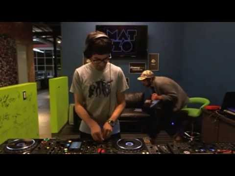 beatport - Mat Zo did this small mix at the Beatport Denver Office. It was streamed live on USTREAM on 08 July 2012. Tracklist: [00:00] Mark Knight & Funkagenda - Good ...