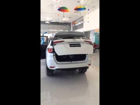 มาชมคลิปประตูท้าย เปิด-ปิด ด้วยระบบไฟฟ้า ใน All New Toyota Fortuner 2015 กันครับ