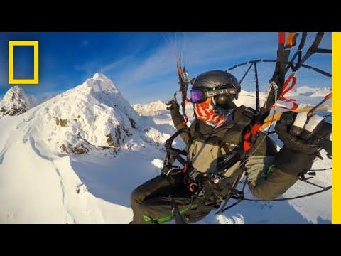 Paramotor Flight Over Alaska's Chugach Mountains and Knik Glacier | National Geographic (видео)