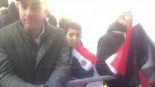 الجالية المصرية في النمسا تحتفل بزيارة السيسي بالأعلام والأغاني الوطنية