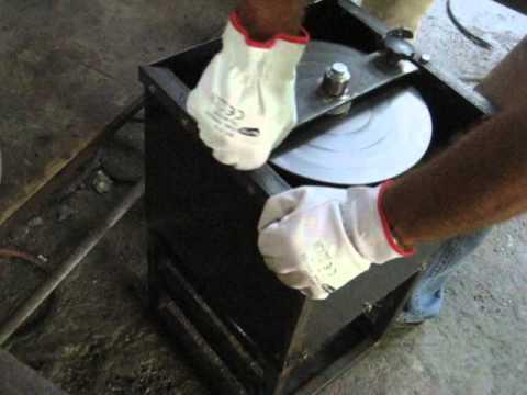 Blumerandfriends - Produzione sperimentale in vetro centrifugato, esposizione Vetro da usare, Murano.