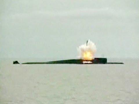 запуск полного боекомплекта с подводной лодки