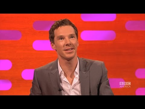 Remember the video about Cumberbatch not beeing able to say penguin? Here he is reacting to it!