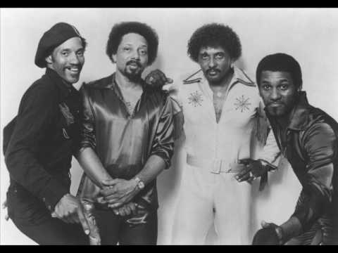 The Neville Brothers - Hold On! I'm Comin'