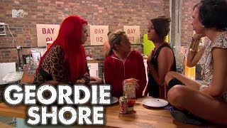 Geordie Shore   Vicky Vs Holly!!   MTV