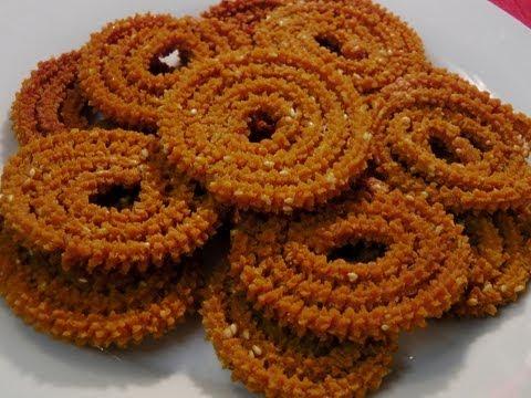 Chakali / Murukku (tastes as good as Bhajani Chakali)