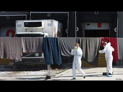 Αυστριακή αστυνομία:«Από ασφυξία πέθαναν οι 71 μετανάστες στο φορτηγό.»