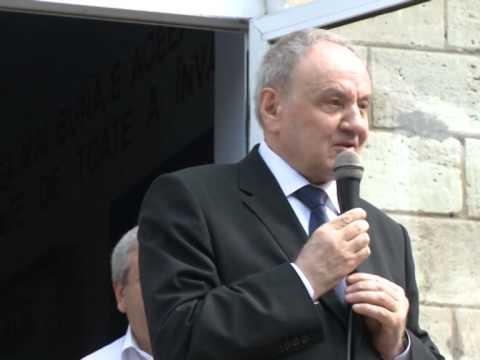 """Președintele Nicolae Timofti a participat la o festivitate consacrată încheierii anului școlar la Liceul teoretic """"Mihai Eminescu"""" din Florești"""