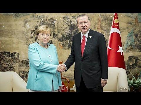 G20: Tετ α τετ συνάντηση Μέρκελ – Ερντογάν για την απελευθέρωση βίζας