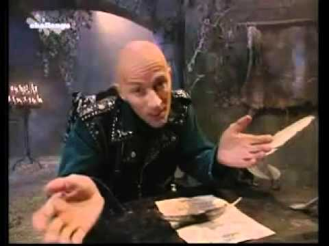 Richard O'Brien & Mumsey Leave The Crystal Maze For The Last Time