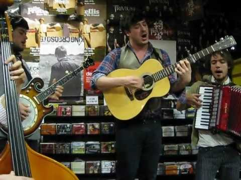 Mumford And Sons - Little Lion Man - Rare Live Acoustic
