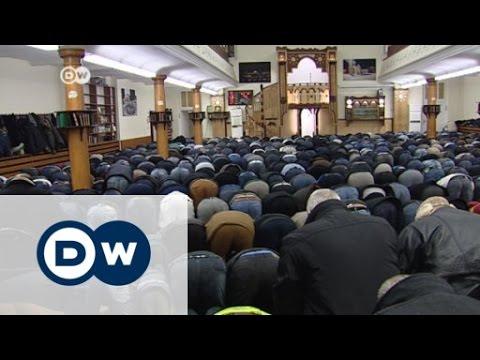 Imam predigt gegen islamistischen Terror | Journal