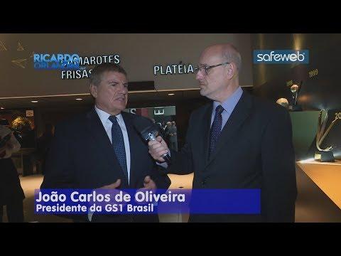 Ricardo Orlandini entrevista João Carlos de Oliveira, presidente da GS1 Brasil, na vigésima edição do Premio Automação da GS1 Brasil