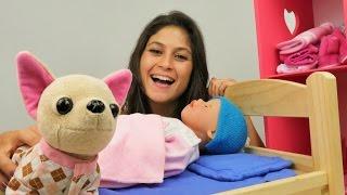 Video Ayşe Gül'ün oyuncak giysi dolabını tanıtıyor. Bebek bakım oyunları. Kız oyuncakları MP3, 3GP, MP4, WEBM, AVI, FLV November 2017