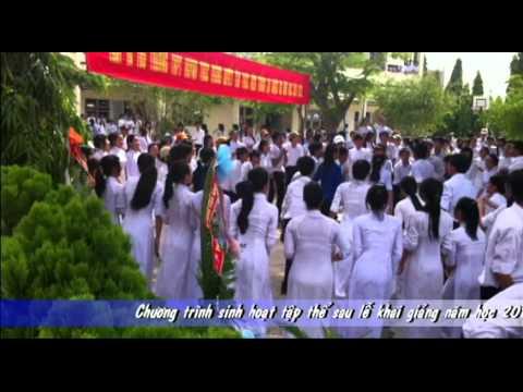 nhảy dân vũ (3 con gấu)- trường THPT Huỳnh Thúc Kháng Vạn Ninh