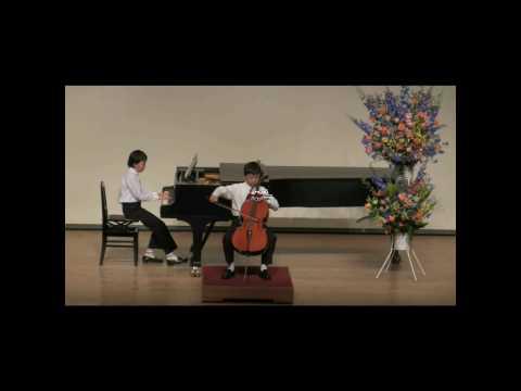 ベートーベント長調のメヌエット - Yamato is 7 years old. She loves cello and ballet very much. やまとは7歳、チェロとバレエが大好きです。温かいコメントをお願いします。