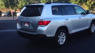 2013 Toyota Highlander 2WD Plus Review By Ronnie Barnes