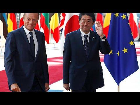 ΕΕ- Ιαπωνία: Έδωσαν τα χέρια για μια εμπορική συμφωνία με το βλέμμα στις ΗΠΑ