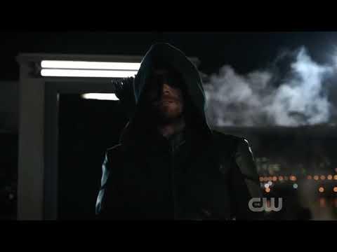 Arrow salva glades de outra Terra - Arrow 8x01(HD)