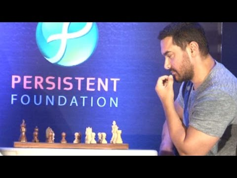 Aamir Khan's Intense Chess Game With Vishwanathan