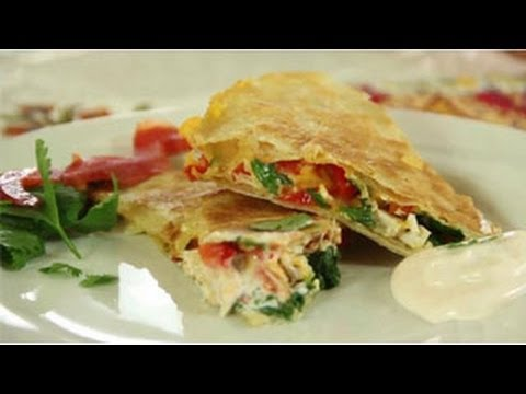 Mexican Recipe: How to Make a Great Chicken Quesadilla with Leftover Chicken