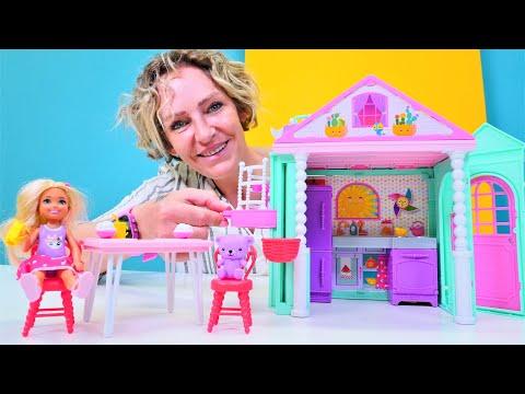 Puppenvideo für Kinder - Chelsea bekommt ein neues Puppenhaus - Spielspaß mit Nicole