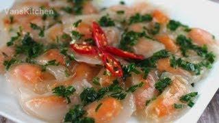 Banh bot loc, banh tai vac, banh quai vac (Vietnamese tapioca dumplings)