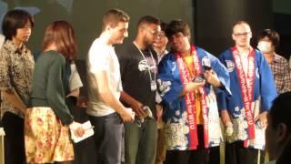 Sakurai's Gifts to Mew2King and Zero at Chokaigi 2015, Japan.